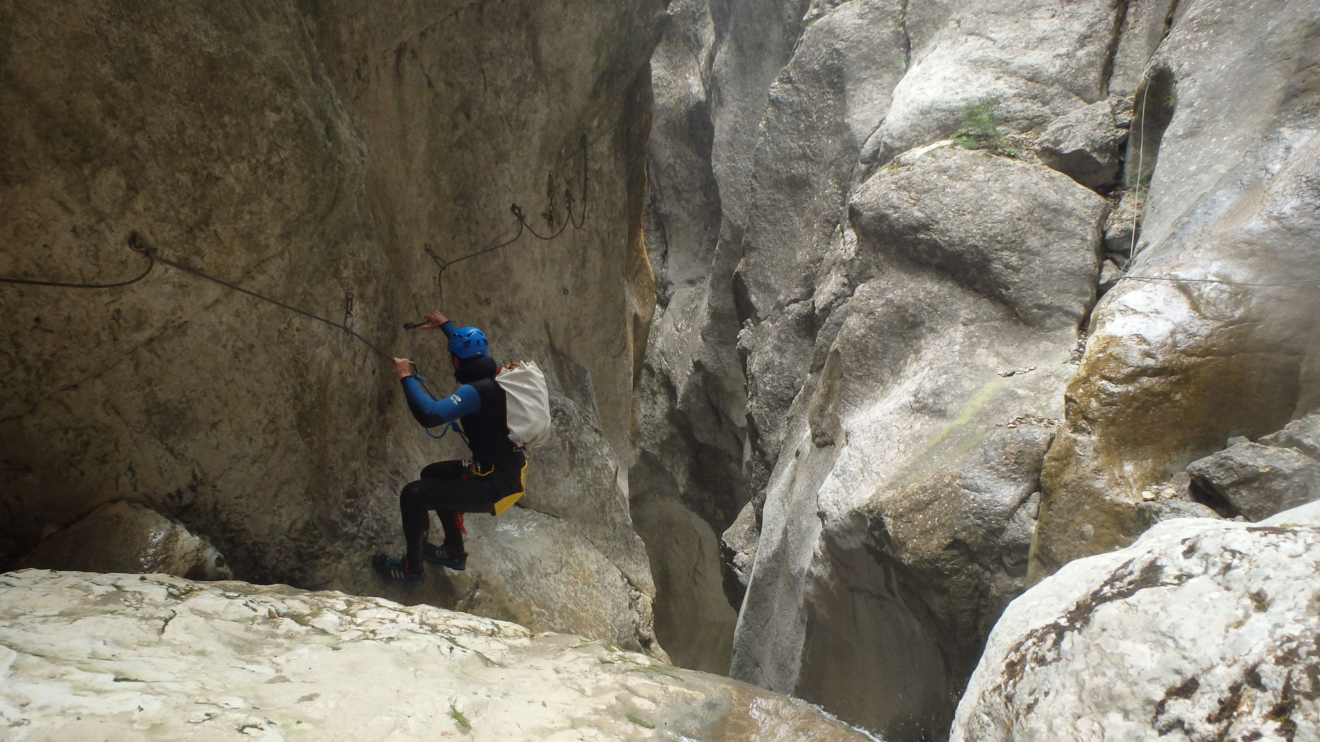 canyoning-ecouges-partie-haute-vercors-sportif-2