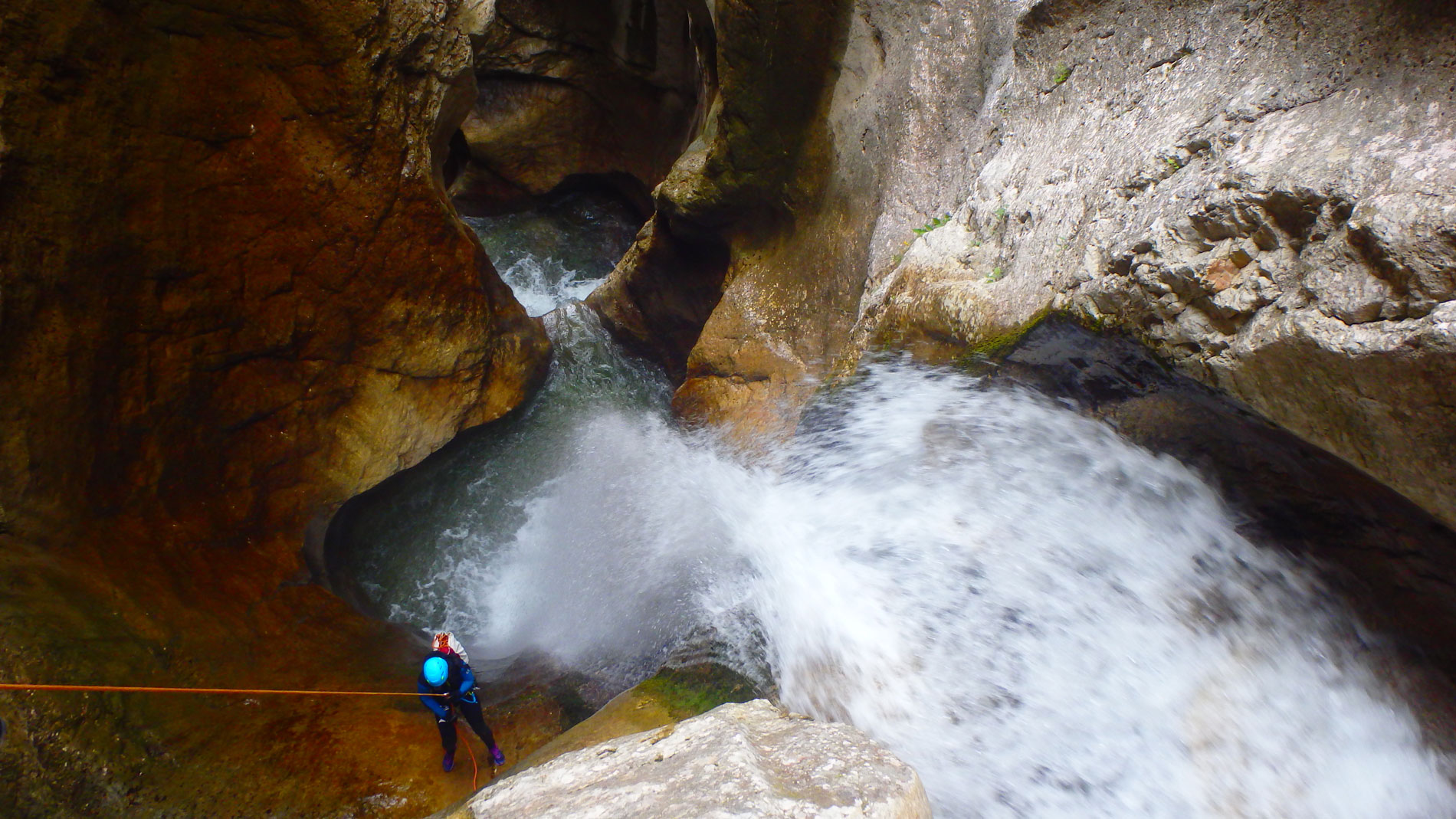 canyoning-ecouges-partie-haute-vercors-sportif-1